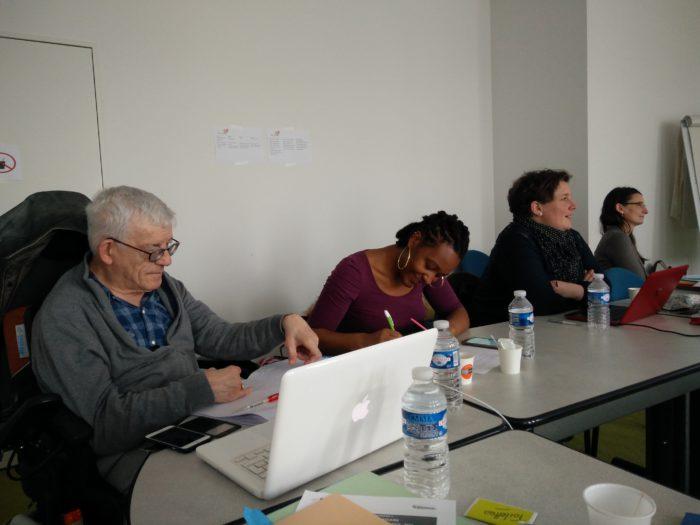 Photo des partenaires en réunion